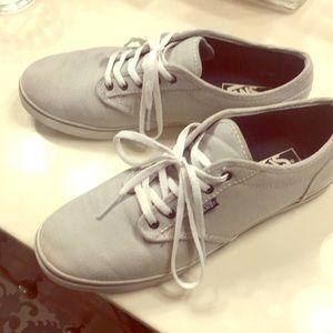 Ladies 9 medium size Vans sneaker